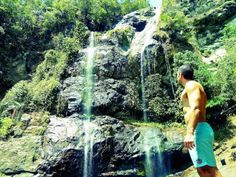 Nomadic Boys - Stefan admiring the Cunca Rami waterfall on Flores Island on a day trip from Labuan Bajo