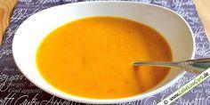 Low Carb Rezepte für eine einfache und schnell zubereitete Kürbis-Kokos-Suppe #lowcarb Weitere kohlenhydratarme Suppe gibt es auf http://www.lebelowcarb.de/low-carb-rezepte-fuer-suppen.html