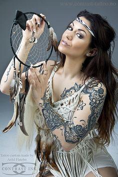 tattoo model susanne yvonn pettersen, dreamcatcher, indian girl, tattoo artist arils flatebø, lace tattoo, lace, feline tattoo