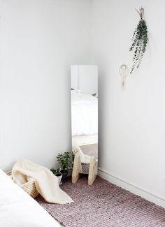 9 DIY Ideas for Empty Room Corners & Other Dead Zones