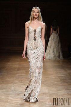 0a0fb5b40 Me encanta este drapeado - Tony Ward Fall-winter Couture