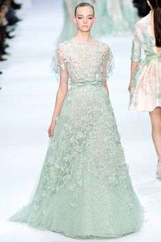 Coconut Paradise: Runway Highlight : Elie Saab Spring 2012 Couture