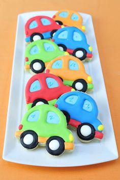 Haniela's: Volkswagen Beetle Cookies