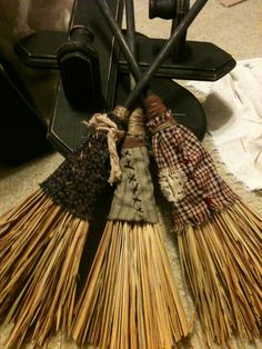 My primitive brooms I made, going to make some different one to. Easy and fun.