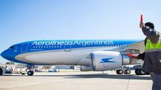 Drone strikes passenger Boeing descending over theme park in Argentina  https://tmbw.news/drone-strikes-passenger-boeing-descending-over-theme-park-in-argentina  In a chilling incident in Argentina, a drone hit a passenger plane on approach as it was flying over Tierra Santa religious theme park in Buenos Aires. The jet landed safely.An Aerolineas Argentinas Boeing 737-800, flying from Trelew, northeastern Patagonia, was struck by a drone during the final landing approach to Buenos Aires…