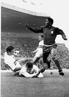 PELE FOOTBALL//BRAZIL//WORLD CUP POSTER PRINTS or CARDS//POSTCARDS a SET OF 4