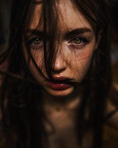 Fine Art And Dark Beauty Portrait Photography By Haris Nukem - Beauty Photography Dark Portrait, Portrait Sombre, Beauty Portrait, Female Portrait, Woman Portrait, Artistic Portrait Photography, Face Photography, Inspiring Photography, Stunning Photography