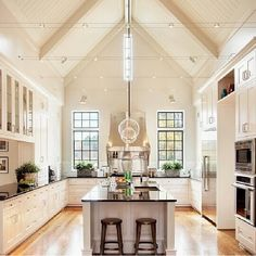 """@brooklynokeefe's photo: """"If I had this kitchen, then I would definitely cook! Or I would hang out on the kitchen whilst @sokiboy cooked"""" Beautiful Kitchens, Cool Kitchens, White Kitchens, Dream Kitchens, Open Kitchens, Luxury Kitchens, Custom Built Homes, Home And Garden, Retro Home Decor"""