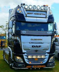 Train Truck, Road Train, Customised Trucks, Custom Trucks, Show Trucks, Big Trucks, Old Wagons, Cab Over, Volvo Trucks