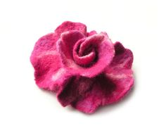 Felted flower brooch  felt flower brooch pink by MarlenaRakoczy