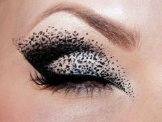 Black eyeshadow...love the contrast! #it'samazing <3
