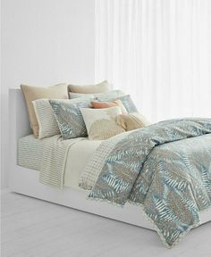 Ralph Lauren Home Hadley Fern Cotton KING Duvet Cover & Shams Multi Blue $385 #RalphLauren Blue Comforter Sets, Bedding Sets, King Duvet Cover Sets, Duvet Covers, Cheap Bed Sheets, Ralph Lauren, Affordable Bedding, Mattress Brands, Space Furniture