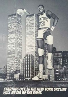 Patrick Ewing- When the Knicks were at their best! What a great picture w/ the twin towers. New York Basketball, Love And Basketball, Basketball Legends, Sports Basketball, Basketball Players, Basketball History, Basketball Shirts, Patrick Ewing, Toronto Raptors