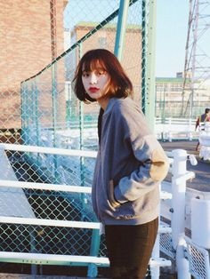 Korean Short Hair, Female Reference, Chinese Model, Curls, Short Hair Styles, Girl Fashion, Bell Sleeve Top, How To Wear, Photography