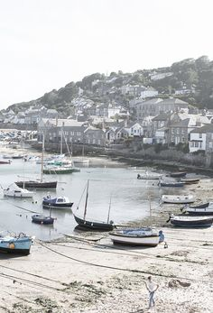 mousehole, cornwall, england | villages and towns in the united kingdom + travel destinations #wanderlust