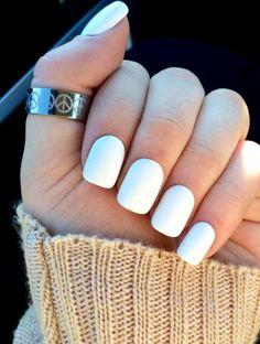 White nails, fake nails, white acrylic nails, false nails in 2019 Simple Acrylic Nails, Acrylic Nail Art, Acrylic Nail Designs, Clear Acrylic, Matte Nails, Gel Nails, Nail Polish, Coffin Nails, Gradient Nails