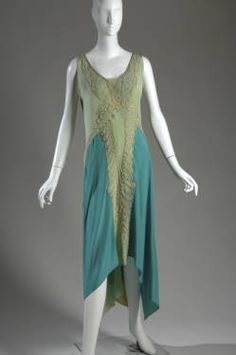 Evening dress, ca. 1928. Silk charmeuse, pearl, metallic thread, and brooch. Callot Soeurs, France. Mrs. Potter Palmer II.