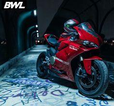 Motorcycle Style, Bike Style, Ducati 1299 Panigale, Harley D, Ducati Motorcycles, Speed Bike, Hot Rides, Super Bikes, Street Bikes