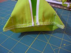 tuto trousse à angle droit... carré ou rectangulaire - la couture de Troipom