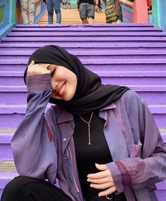 January 01 2020 at fashion-inspo Modest Fashion Hijab, Modern Hijab Fashion, Muslim Women Fashion, Casual Hijab Outfit, Hijab Fashion Inspiration, Fashion Clothes, Fashion Fashion, Fashion Ideas, Fashion Outfits