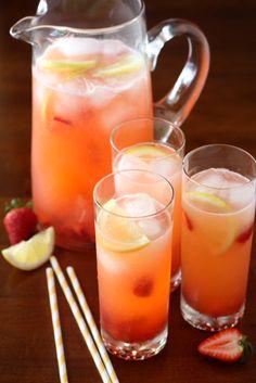 Easy Strawberry Lemonade, via {Completely delicious}
