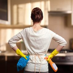 Genius Cleaning Hacks You'll Want to Steal from Professional Cleaners Speed Cleaning, House Cleaning Tips, Diy Cleaning Products, Cleaning Solutions, Spring Cleaning, Cleaning Hacks, Remove Rust Stains, How To Remove Rust, Professional Cleaning Services