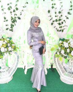 Silver Kebaya Hijab, Kebaya Brokat, Dress Brokat, Kebaya Dress, Kebaya Muslim, Muslim Dress, Muslimah Wedding Dress, Muslim Wedding Dresses, Hijab Bride