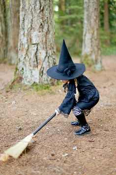 Free Witch Hat Pattern + DIY Witch Costume