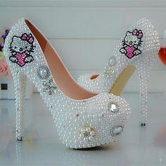 The New White Glass Slipper Shoes Diamond Wedding Shoes Bridal Shoes KT Cat  Dress Shoes Party 312b78e06174