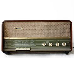 Midcentury Vintage PHILIPS  B3X02A RADIO 1961  by RueDesLouves, $135.00
