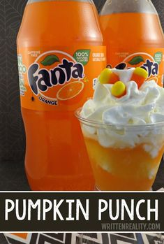 Here's a fun Fanta Pumpkin Punch Recipe and a Free Printable for water bottles, too! Fall Punch Recipes, Party Punch Recipes, Fall Recipes, Holiday Recipes, Holiday Appetizers, Orange Recipes, Christmas Recipes, Punch Halloween, Halloween Food For Party