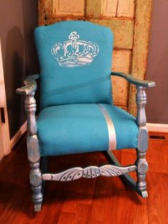 using a quality chalk paint on fabric easier than you think, painted furniture, Shabby Chalk Paint over fabric easy makeover that will last