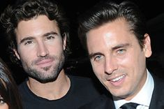 Scott Disick And Brody Jenner Are Facing Backlash For Using Filters That Change Their Race Brody Jenner, Social Web, Live Wire, Scott Disick, Buzzfeed News, Music Labels, Floating Candles, Diy Halloween Decorations, Celebs