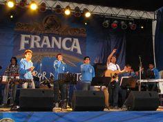 Orquesta Fratelli tocando en kermesse del Colegio Salesiano - 2010.