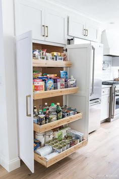 598 best clever kitchen storage ideas images in 2019 arquitetura rh pinterest com kitchen cabinet storage ideas images small kitchen cabinet storage ideas