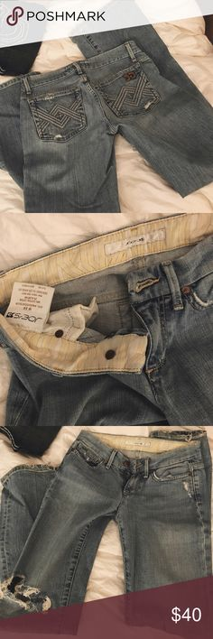 "Joe's light wash destroyed denim jeans Light/medium wash. Destroyed front. Inseam = 30."" Bottom cuffs have some wear but it goes with the whole distressed look. Super stretchy and comfortable jeans! Joe's Jeans Jeans Boot Cut"