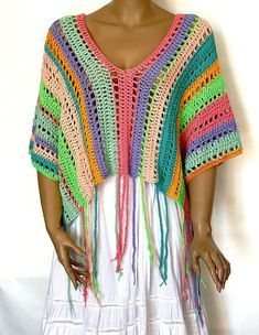 Crochet Poncho Patterns, Crochet Blouse, Crochet Shawl, Knit Crochet, Knit World, Festival Tops, Crochet Woman, Beautiful Crochet, Cotton Sweater