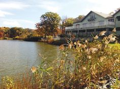 Looking for a waterfront wedding venue? Rock Island Lake Club in Sparta, NJ just opened this past spring!
