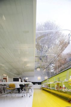 selgascano design studio  - Good mix of light and colors. A simple yet effective work space.