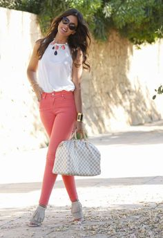Love the outfit Perfect summer outfit! Cool Outfits, Summer Outfits, Casual Outfits, Spring Outfits Women, Look Fashion, Fashion Outfits, Womens Fashion, Mode Rockabilly, Traje Casual