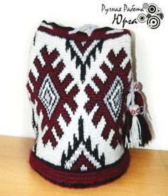 russian journal collection, some graphed, not english Tapestry Crochet Patterns, Crochet Fabric, Crotchet Patterns, Knit Crochet, Mochila Crochet, Tapestry Bag, Boho Bags, Crochet Purses, Crochet Bags