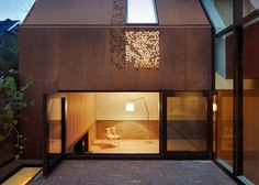Architecture projects featuring Corten steel, a brand of weathering steel with a rusted finish, including houses, museums, hotels and more. Architecture Renovation, Architecture Résidentielle, British Architecture, Attic Renovation, Attic Remodel, Gable Wall, Steel Cladding, Wall Cladding, Weathering Steel