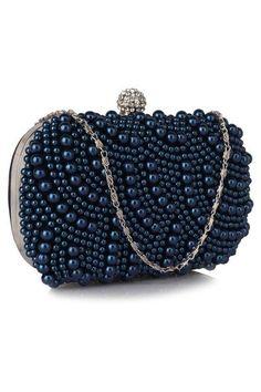 clutch perle - genti dama Beaded Bracelets, Jewelry, Fashion, Jewellery Making, Moda, Jewerly, Jewelery, Fashion Styles, Pearl Bracelets