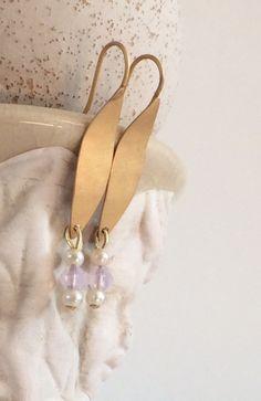 Ohrhänger - Matt vergoldete Ohrhänger mit Swarovski - ein Designerstück von von-Ela bei DaWanda