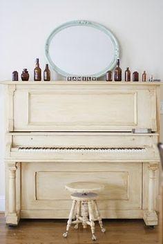 cream, vintage keys