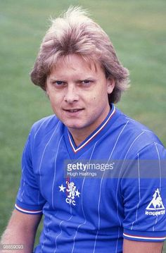 Portrait of Chelsea FC footballer Graham Wilkins London Football, Retro Football, Football Soccer, Football Players, College Football, Hockey, Chelsea Fc, Chelsea Players, European Soccer