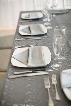Definitely Grey and White colour scheme with another colour to stand out White Table Settings, Wedding Table Settings, Place Settings, Wedding Decor, Ceremony Decorations, Table Decorations, Wedding Trends, Wedding Ideas, Charcoal Wedding