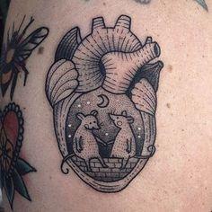 by Susanne König - heart tattoo - heart with mouse tattoo - rat rats moon tattoo Diy Tattoo, Tattoo You, Pretty Tattoos, Beautiful Tattoos, Cool Tattoos, Compass Tattoo, Tattoo Anchor, Tatoo Floral, Tattoo Designs