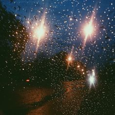 ฝนโปรยปลาย..จากฟ้า