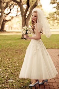 Classic Ballerina Length Gown for a wonderful vintage styled wedding ... Photography by mirandalainephotography.com